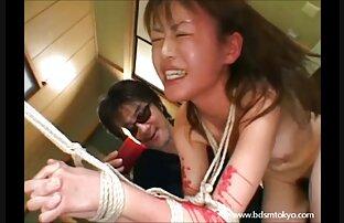 از یک خروس بزرگ در الاغ بود ترق و تروق از برابر مقعد وجود دارد سکس دوربین مخفی ماساژ و پس از آن دختر ترسیده بود