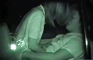 سیبیل استمناء بیدمشک زیبا دوربین مخفی سکسی داخل اتوبوس او بر روی نیمکت سفید
