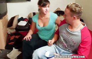 دختر مکیدن pisun با فر و فر دوربین مدار بسته مخفی سکسی زین یک مرد روی نیمکت